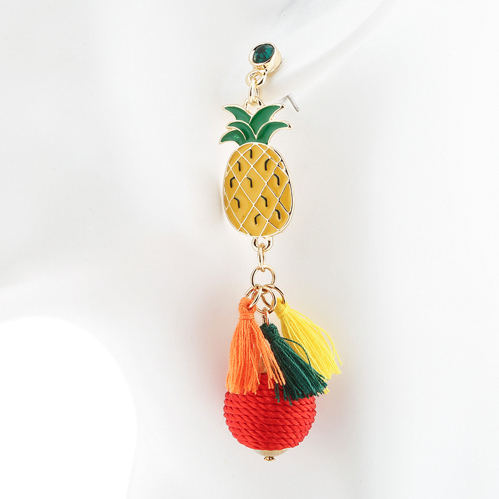 HX New Trend Fringe Stud Earrings Pineapple Earrings Womens Ball Wool Ball Earrings Hot Sale