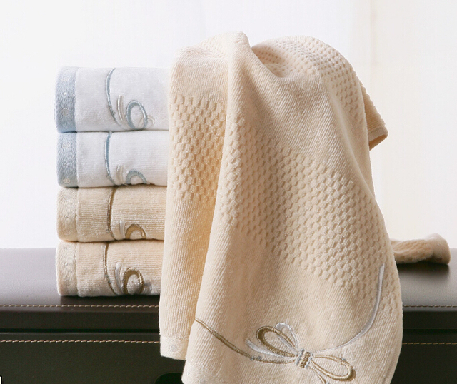High Quality Cotton Towel Wholesale Plain Velvet Satin Embroidered