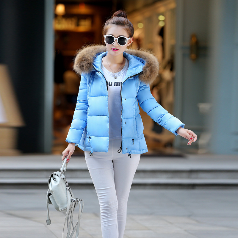 2016 New Winter Female Short Slim Thickened Large Fur Collar Coat Designer Womens Coats Coat Sale Cotton Hooded Women Jacket