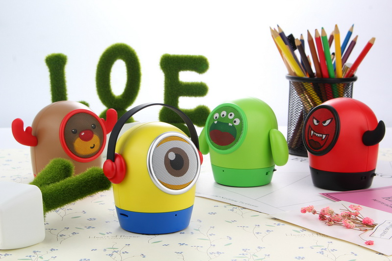 cute wireless speakers bluetooth portable cute bluetooth speakers mini minions portable stereo handfree wireless speaker with mic christmas sleigh elk deer usb mp3 player headphones