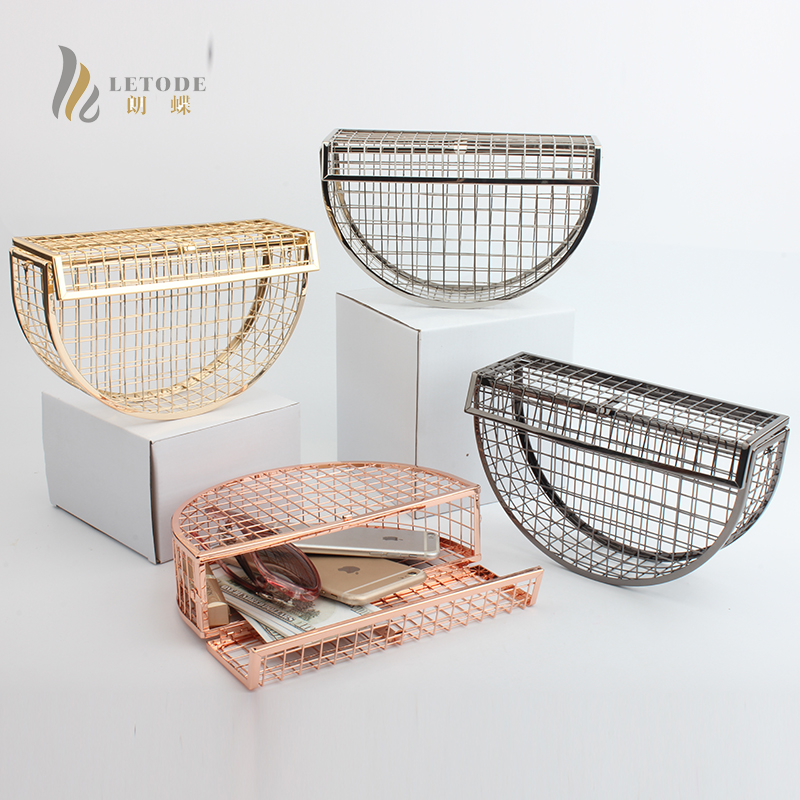 New Vintage Women Evening Bag Metal Hollow Out Mini Bag Banquet Party Shoulder & Crossbody Bags Wedding Clutch Cage Handbag