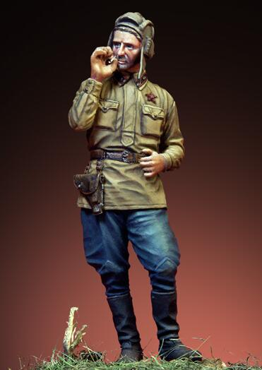 1/35 Resin Figures Red Army Soldier in Smoking 1pc (no base)1/35 Resin Figures Red Army Soldier in Smoking 1pc (no base)