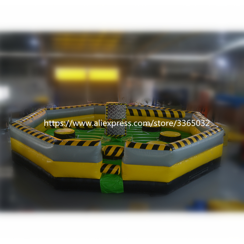 Funny 8 Person Inflatable Wipeout/ Inflatable Meltdown Sale/ Eliminator Game With Controller