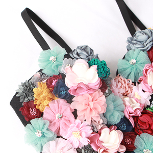 Image 5 - TWOTWINSTYLE פרח טלאים סקסי נשים אפוד שרוולים להיט צבעים סטרפלס יבול למעלה נקבה מקרית קיץ 2020 אופנה חדשה