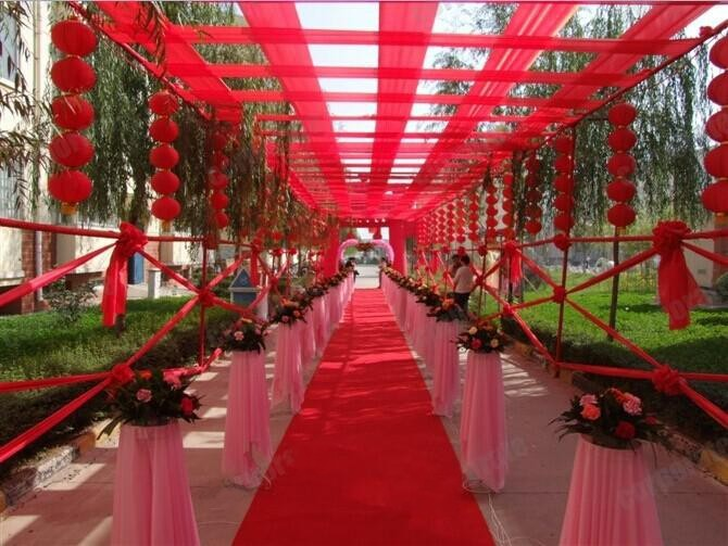 2017 New Wedding Centerpieces Favors 1meter Wide Red Carpet Aisle Runner For Party Decoration Supplies On Aliexpress Alibaba Group