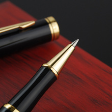цена Cute Black Gold Business Metal Roller ball Pen 0.5mm Nib Gold Clip Rollerball Pen for Students Writing office School Supplies