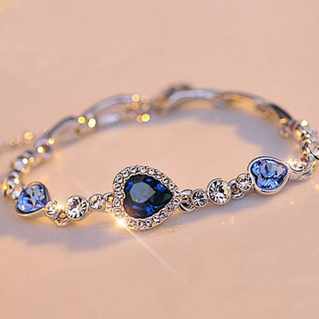 Summer Style Chain Bracelets Bangles Sliver Color Shiny Rhinestone Heart Shape Charm For Women