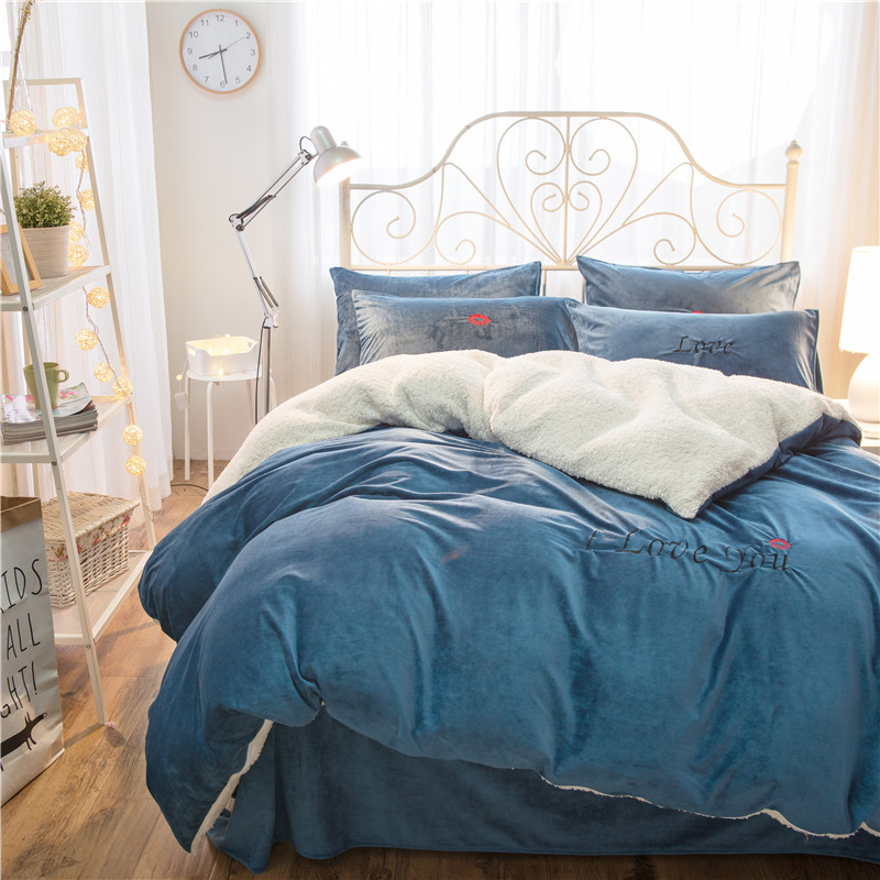 2017 Winter warm bedding set blue red yellow gold Fleece fabric duvet cover sets Embroidery bed linen bedclothes