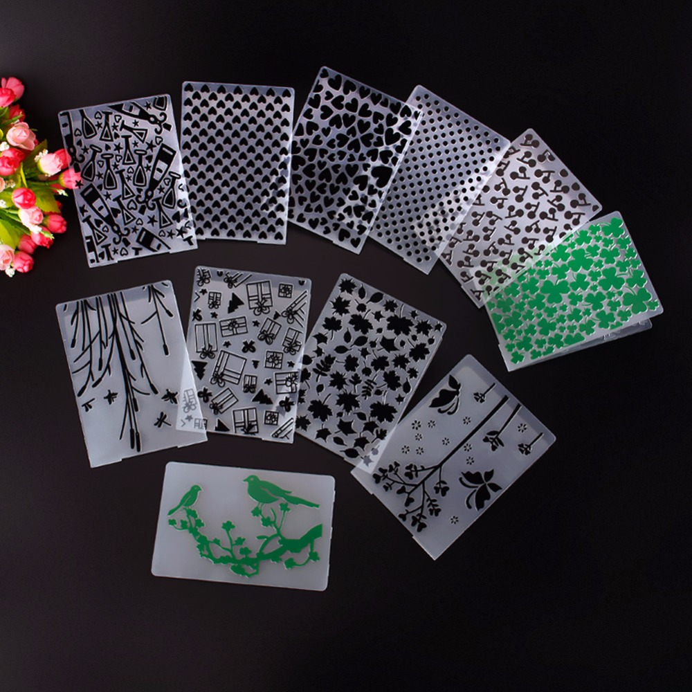 Plastic Green Clovers Cheery Dots Template Embossing Folder For Scrapbooking Photo Album Paper Card Wedding Decoration #230595 plastic embossing foldet flower diy scrapbooking photo album card paper craft decoration template