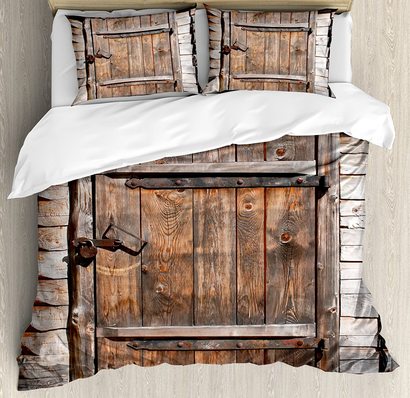 Набор пододеяльников, деревенская деревянная дверь старого сарая В фермерском доме деревенская жизнь изображение, 4 комплект постельного б