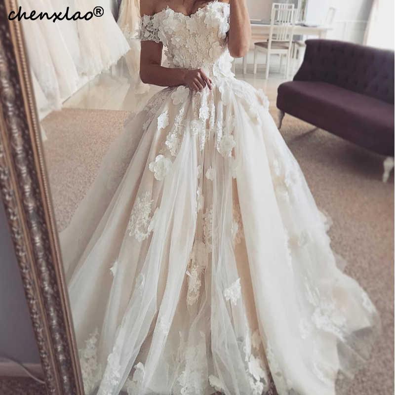חתונה שמלות כבוי כתף שרוולים קצרים תחרה 3D פרח מקיר לקיר אורך חתונת שמלת 2019 כלה שמלות Vestido דה Noivas