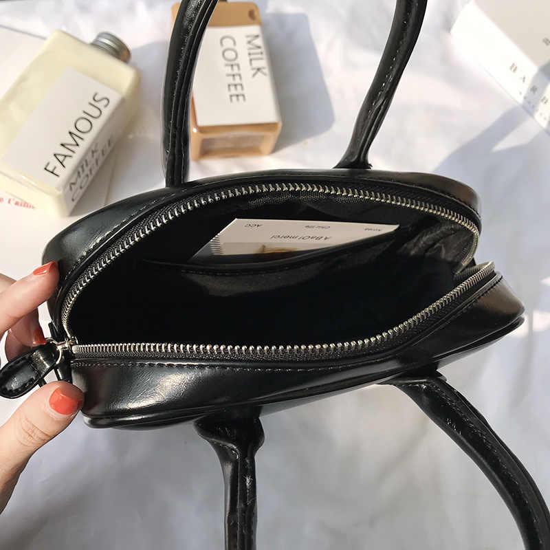 Moda kadın çanta tasarımcısı küçük eyer çantası siyah en saplı çanta yüksek kaliteli PU deri kadın çanta