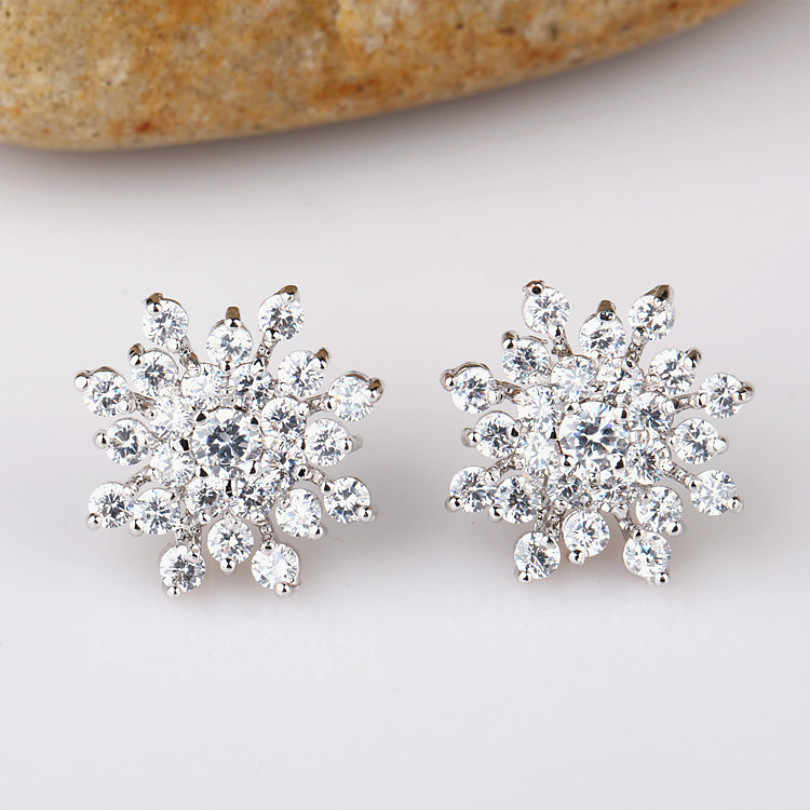 Korean Version Of The Crystal Ms. Xuar Crystal Earrings Jewelry Earrings Fashion Jewelry Wholesale Allergy Imitation