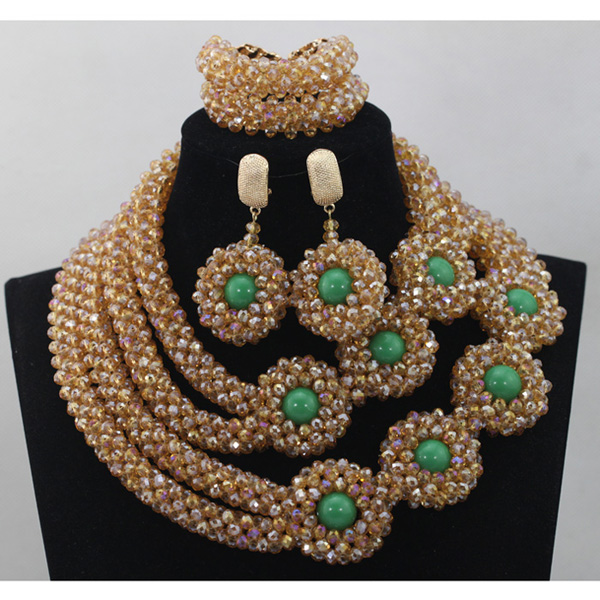 Popular Champagne Wedding Statement Necklace Set Gold and Green Nigerian Bridal Jewelry Set Handmade Crystal Free Shipping QW094Popular Champagne Wedding Statement Necklace Set Gold and Green Nigerian Bridal Jewelry Set Handmade Crystal Free Shipping QW094