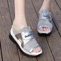 2016 Moda Verão Sandálias das Mulheres Casuais Malha Respirável Esporte Sapatos Mulher Cunhas Confortáveis Sandálias Plataforma Rendas Sandálias