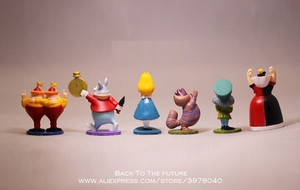 Image 2 - Disney Alice in Wonderland 6 pz/set 5 cm Action Figure Modello Anime Mini Collezione Figurine Giocattolo modello Della Decorazione del PVC per bambini