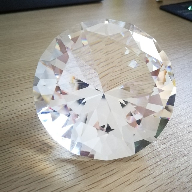 70mm/80mm/100mm/120mm 1pcs Glass Crystal Diamonds Paperweight Decorative Faceted Crystal for wedding table decoration