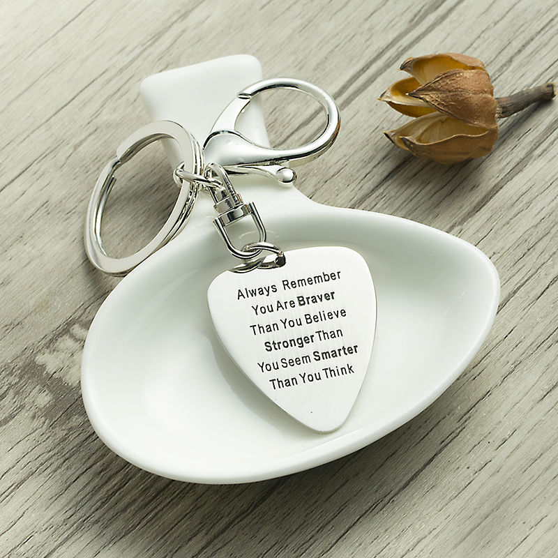 XIAOJINGLING Gifts For Fathers DayALWAYS REMEMBER YOU ARE BRAVER THAN YOU BELIEVE STRONGER THAN YOU SEEMKey Chains Key Rings