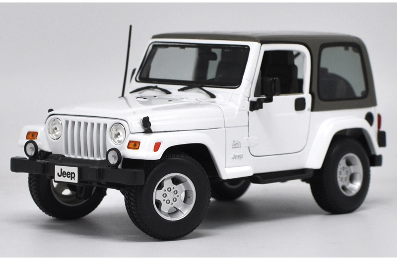 * 1/18 Car Model for Jeep Wrangler Sahara Hard-top Off Road Vehicle SUV Alloy Toy Car 1 18 scale red jeep wrangler willys alloy diecast model car off road vehicle model toys for children gifts collections