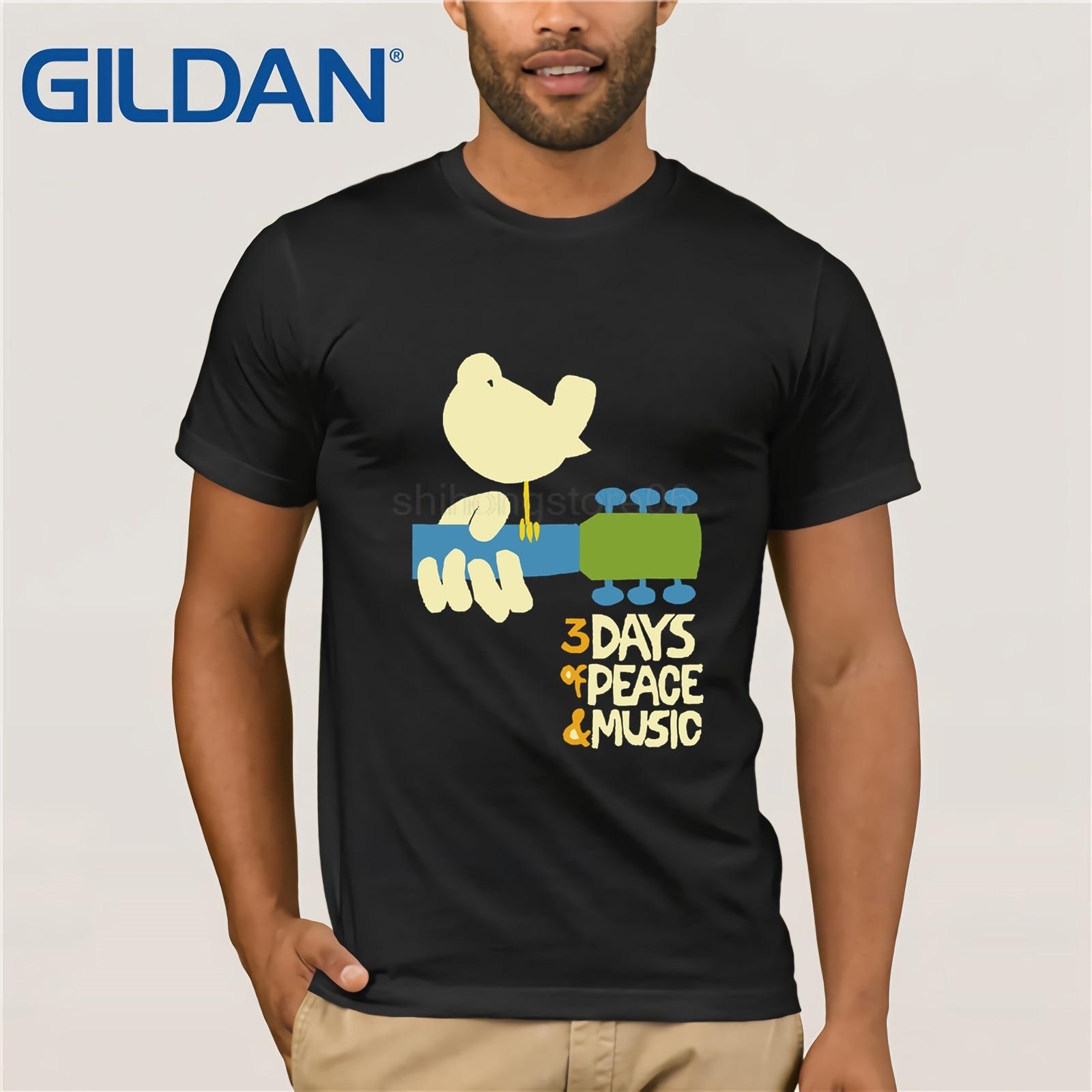 GILDAN Woodstock   T     Shirt