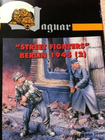 1:35 World War II, German Soldiers 325