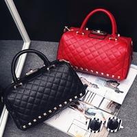 Small Vintage Female Bag 2018 Red Black Shoulder Bags Rivets Litchi Leather Boston Women Handbags Messenger