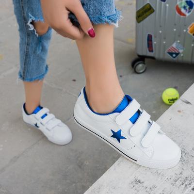Envío gratis 2017 primavera nuevas mujeres zapatos de los planos ocasionales deporte de LA PU de la mezcla colores estrella de plataforma zapatos de mujer de marca casual zapatos