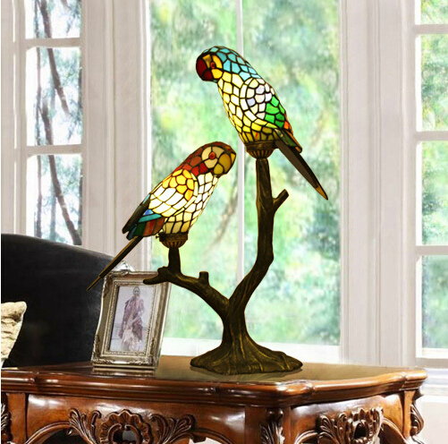 Luxury Stained Glass Parrot Table Lamps Tiffany Lamparas Color Glass LED Table  Lamp Hand Made Tiffany