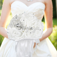 Handmade White Crystal Beaded Artificial Rhinestone Satin Rose Flower Wedding Bouquets For Bride Bridesmaid Wedding Decor