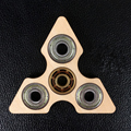 Anti Stress Brinquedos Mão Spinner Fidget Brinquedo Mudo de Alta Velocidade ABS Anti-stress Tri-Spinners Presentes Da Novidade para adultos Crianças Quebra-cabeças De Madeira