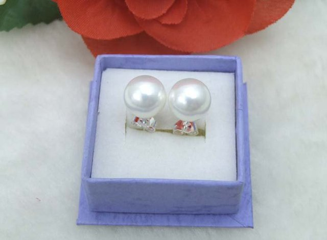 Great 10MM high luster Perfect Round White Sea Shell Pearl Earring Stering Silver 925 stud-ear157 Wholesale/retail Free shipping