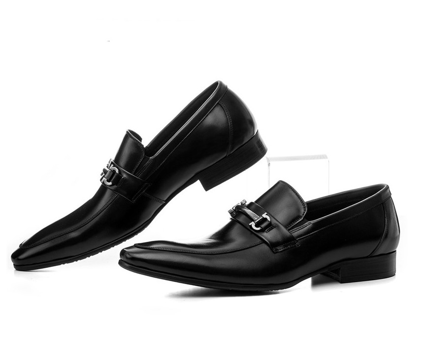 Mode Noir/brun bronzage mocassins chaussures hommes robe chaussures véritable de mariage en cuir chaussures hommes d'affaires chaussures avec boucle