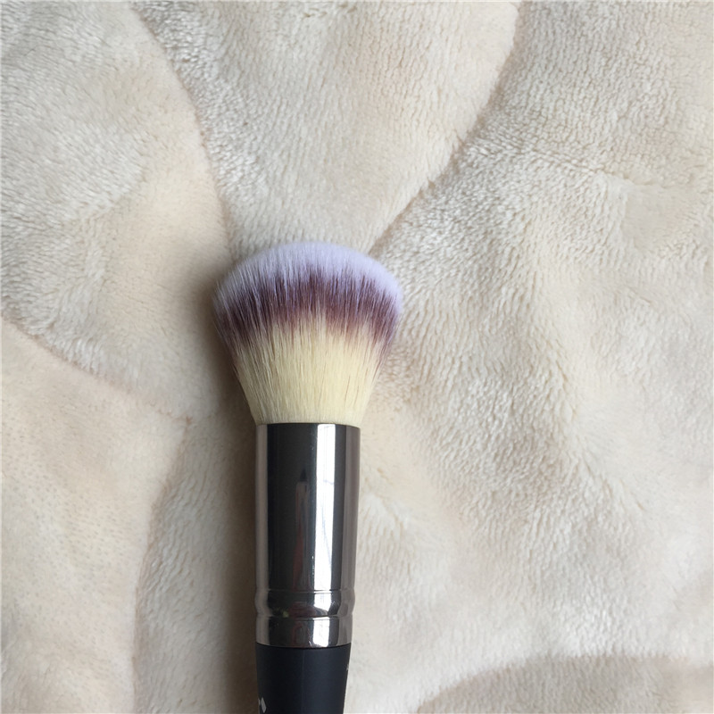 Heavenly Luxe Complexion Perfection Brush #7 by IT Cosmetics #11