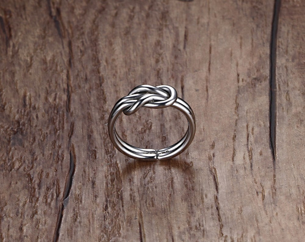 Infinity Knot Love Ring