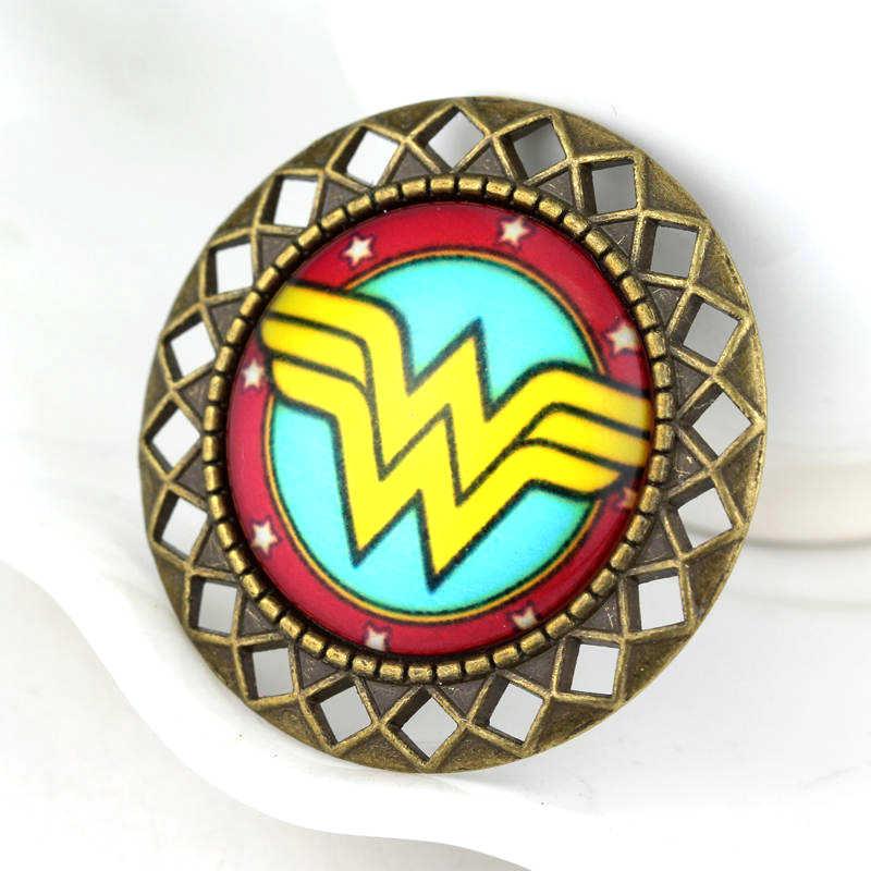 Keajaiban Wanita Fashion Perhiasan film DC Comics Super Hero Kaca Cabochon Bros Lencana Aksesoris Bros Pin Perempuan Gadis Hadiah