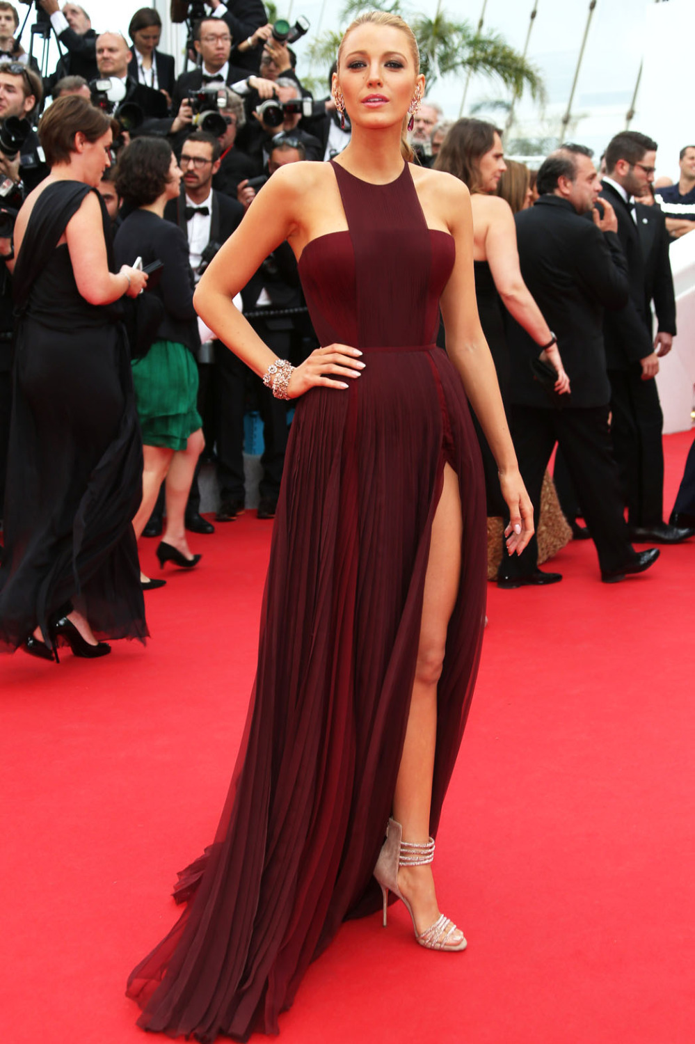 Blake lively dress burgundy red carpet dress celebrity gowns 2017 vestido de festa longos in - Dresses from the red carpet ...