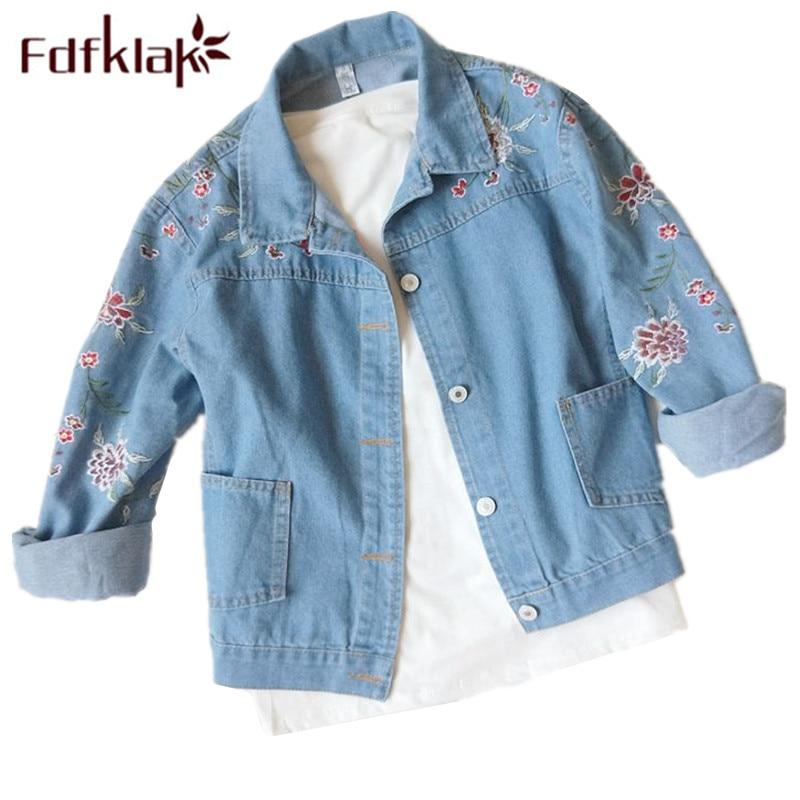 Fdfklak 2018 New Embroidery Flower Denim Jacket For Women Light Blue Loose Female Jacket Women Basic Coats Spring Autumn Q1116