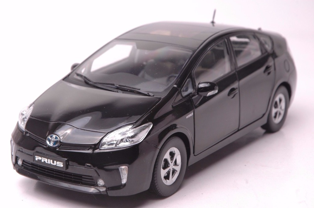 1:18 Diecast Model for Toyota Prius Hybrid 2012 Black Alloy Toy Car Miniature Collection Gift EZ 1 18 scale diecast model car for toyota camry 2015 black alloy toy car collection crv cr v