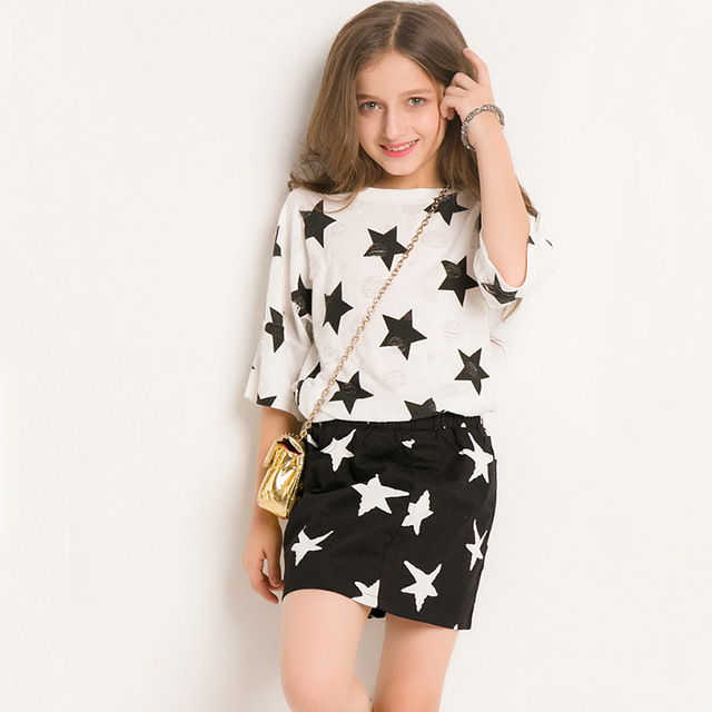 2018 Summer Girl Suit Skirt Two Sets Stars Pattern Short Skirts Cute Girls Half Sleeve Tee Shirt Skirts Clothing Set For Teens