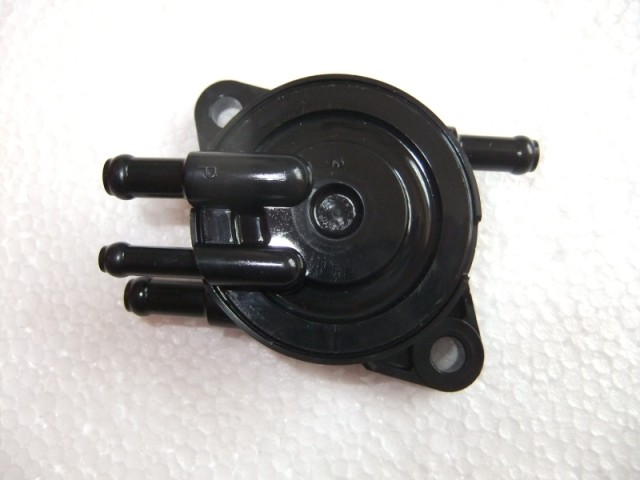 GX630 GX690 FULE PUMP GASOLINE ENGINE PARTS 16700-Z6L-003 geniune цена и фото