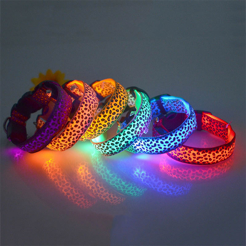 LED Collar For Dog Pet Cat Dog Collars LED Flashing Lights Necklace Grow in the Dark Collars Basic Collars