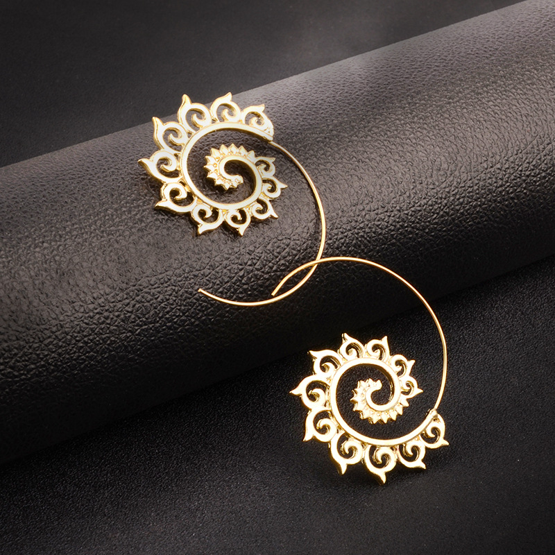 FGHGF Europe and the United States new fashion creative earrings street fashion pop alloy simple wild retro circle earrings