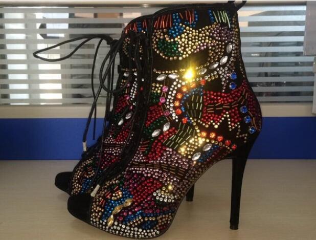 Gran Caliente Crystal Toe Sexy Cruz Rebaño atado Encaje Sandalias Tamaño Mezclados Las Arranque Delgada De Mixed Colores Zapatos Mujeres Becerro Tacones Moda peep Colors agqcwA