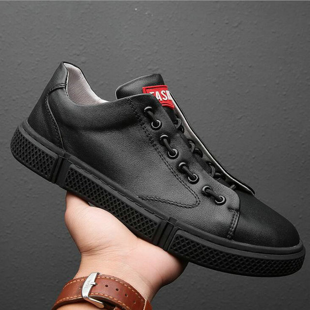 NEW Brand  High quality Fashion Breathable Sneakers fashion flats all Black white Men's leather casual loafer shoes  LM-24