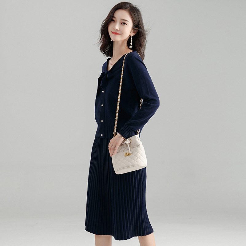 2018 autumn and winter new fashion knitting shirt and knitted skirts two piece women 39 s set F830C in Women 39 s Sets from Women 39 s Clothing