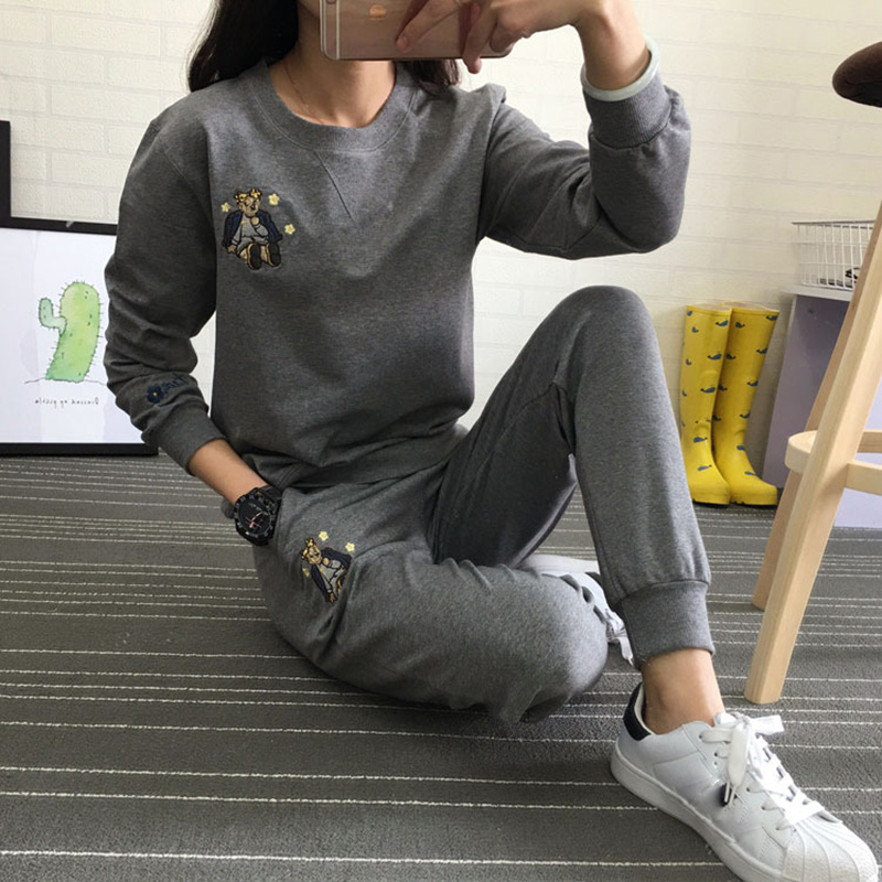 Hot Autumn Winter Tracksuit Long Sleeve Embroidery Cotton Sweatshirts 2018 Women 2 Piece Set Tops+Pants Sporting Suit Female