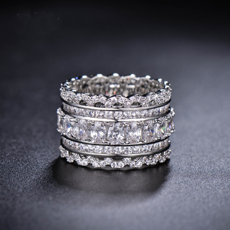 2017 New Crystal from Austrian Exquisite lace hollow silver lace index finger wide ring For Women