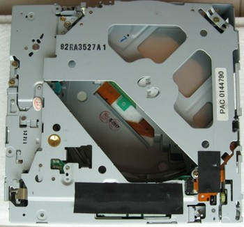 New Matsushita 6 CD changer 19Pin connector mechanism E-9060A for AUDIA6 A4 A8 MMI 4E0 035 111 A SAAB MAZDA HONDASubaru