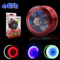 Buena calidad de dicha cantidad Luminosa shinning joyas Bola Mágica del yoyo yoyo profesional Yo-yo de juguete brinquedo con 3 Rodamientos Malabares juguetes de los niños