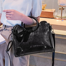 Caual Ring Totes Top-handle Bags Female Shoulder Vintage Oil Wax Leather Women Handbag Retro Big Size Luxury Messenger